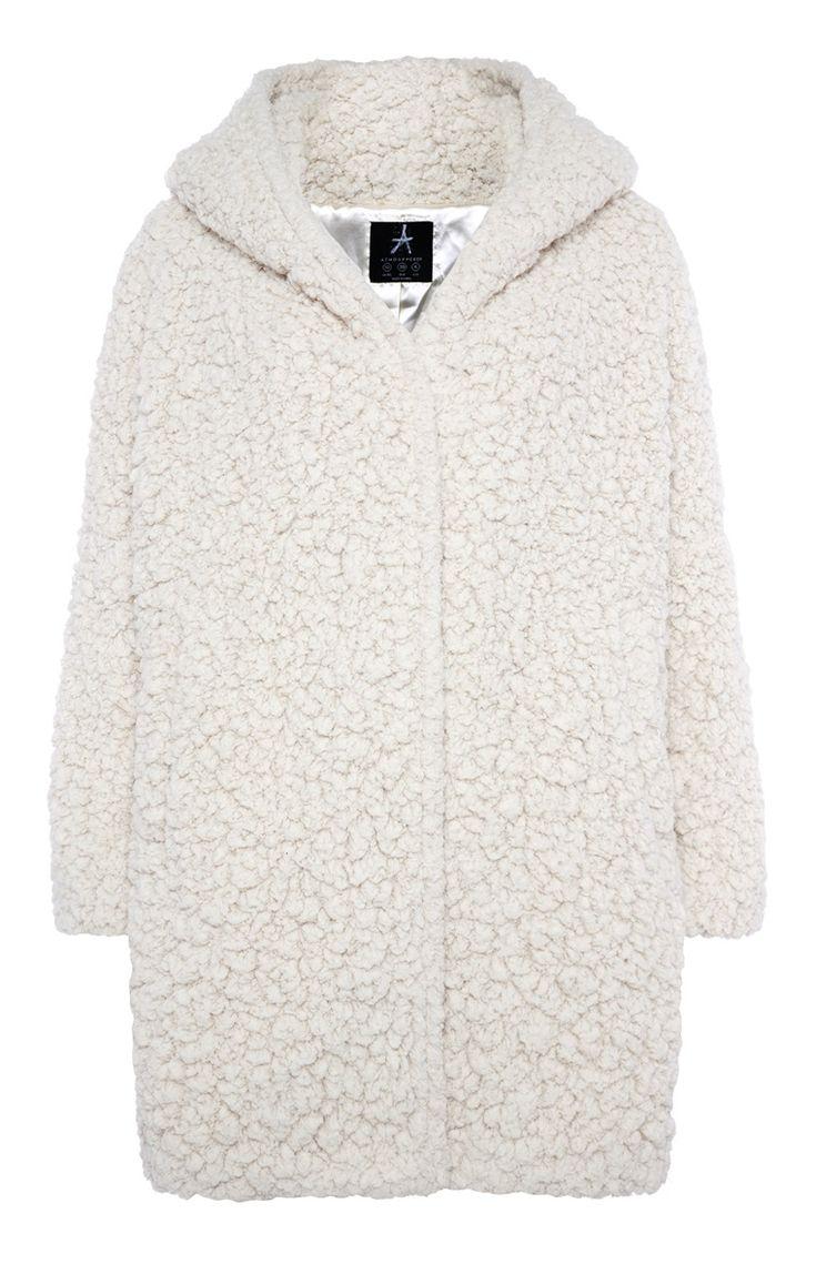 Primark - Beige jas van knuffelzacht nepbont