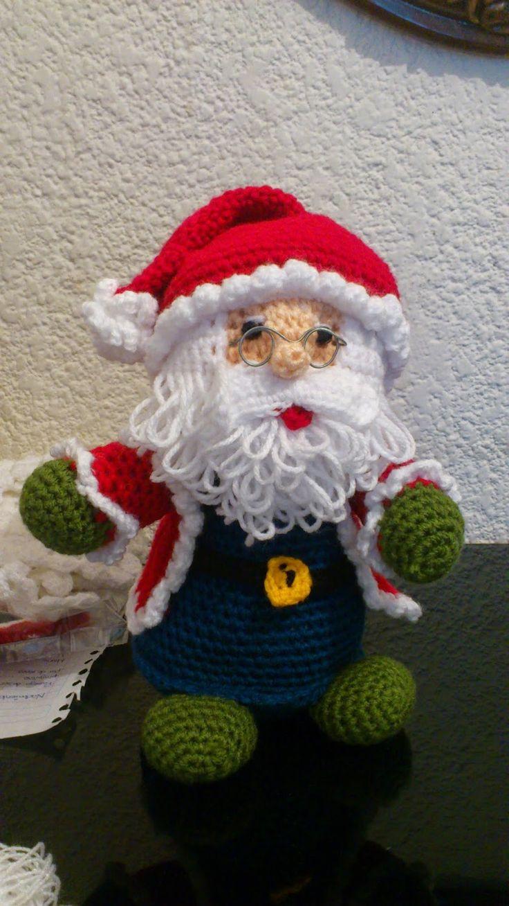 Papá Noel Amigurumi - Patrón Gratis en Español aquí: http://novedadesjenpoali.blogspot.de/2014/10/patron-de-santa-navideno-modelo-3.html