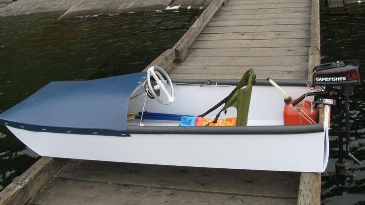 Coroplast speed boat by Mr. Elkins http://www.elkinsdiy.com/ | Manly DIY | Pinterest | Boats and ...