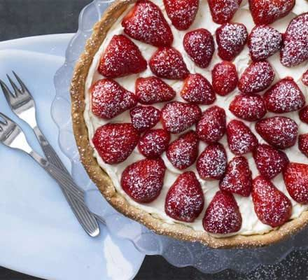 Hazelnut tart with orange mascarpone & strawberries