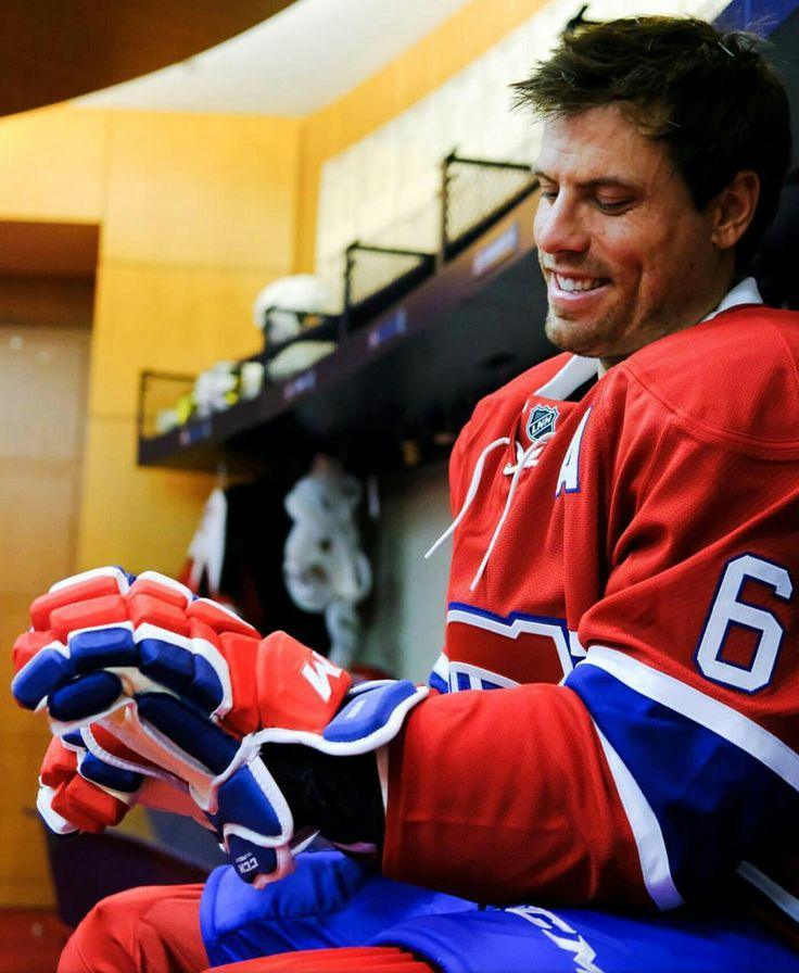 Shea Weber - This looks so WRONG!!!