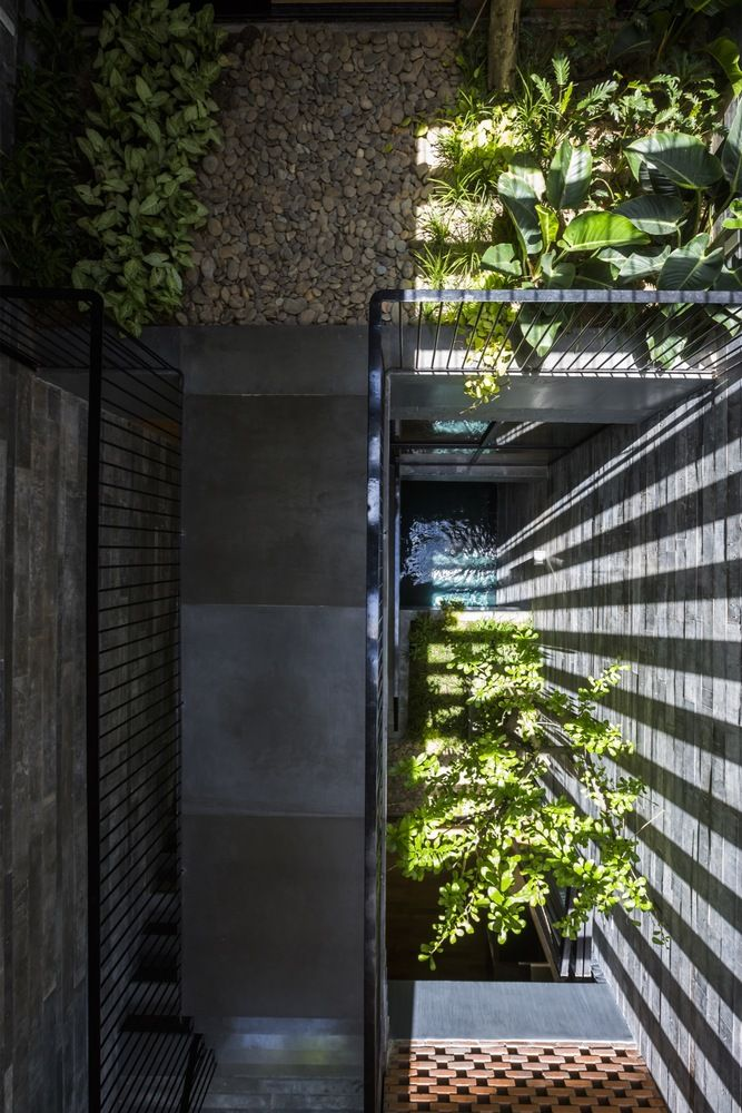 Gallery of Resort in House / ALPES Green Design & Build - 20