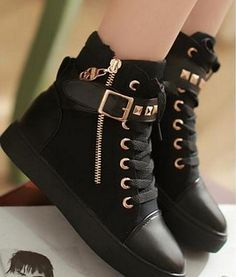 I Love Black Nd Gold Put Together Nd With These Shoes I Must Admit, These Beauties Are #FierceNdFabulous