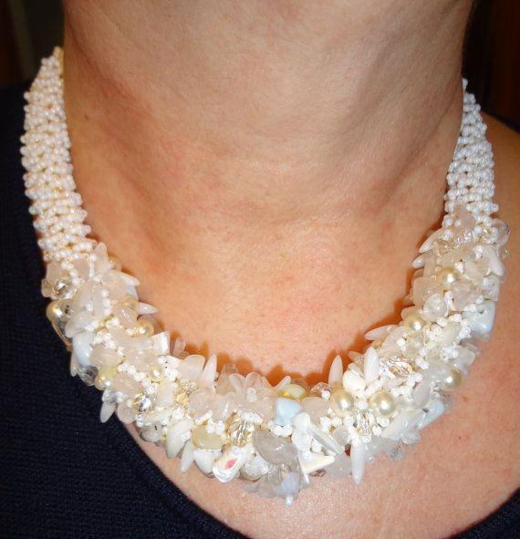 collana girocollo interamente fatta a mano di Carlacollanebijoux - la collana è stata realizzata da mia sorella Teresa, è davvero splendida!