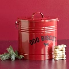 dog treat container, love this for Rowdy!