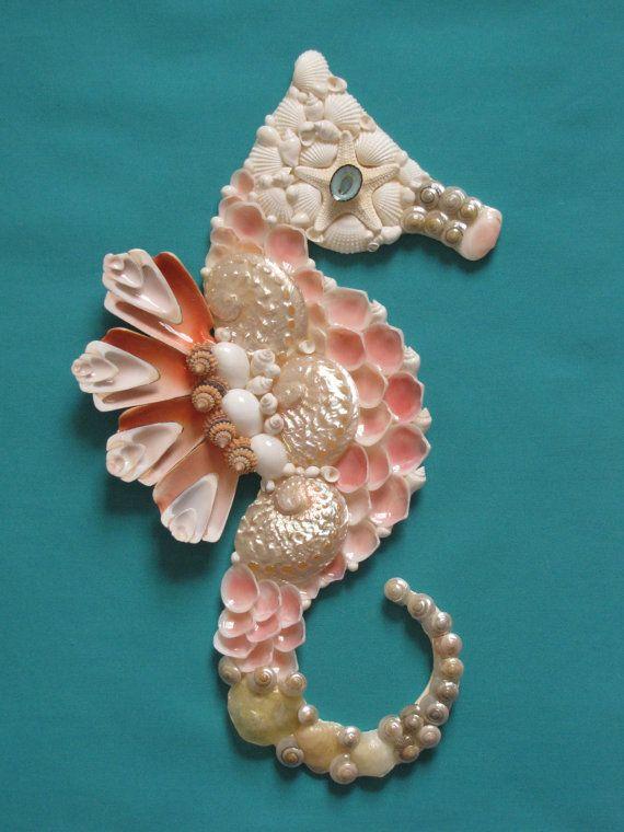 1015 best sea shabby nautical decor images on pinterest for Big seashell crafts