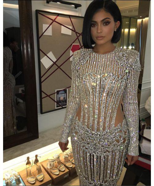 Kylie Jenner en robe Balmain sur-mesure au MET Ball 2016