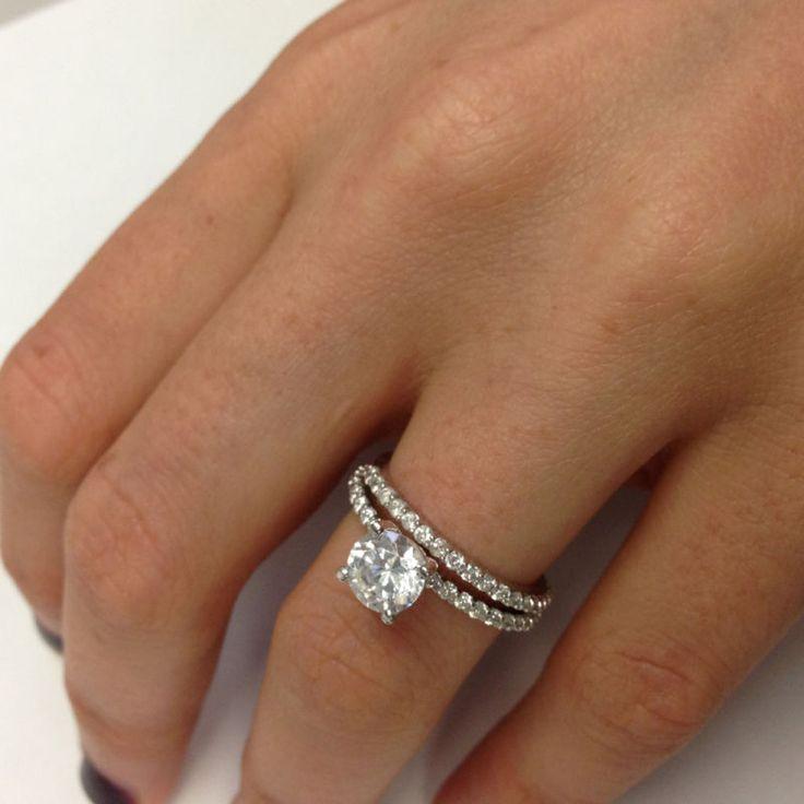 121 carat vs wedding diamond engagement ring round 18k for Wedding band vs engagement ring