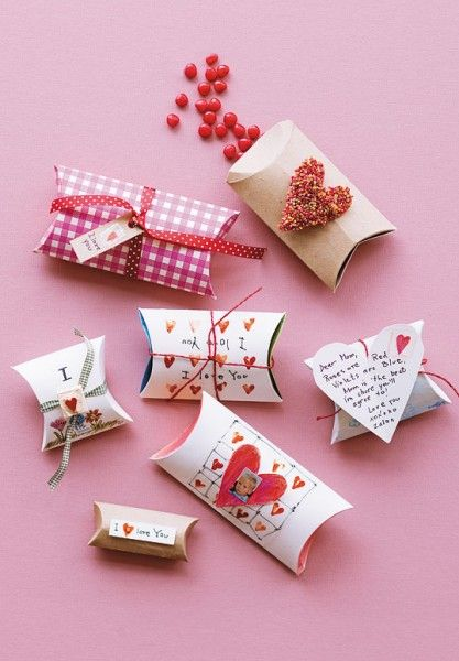 10 Easy Homemade Valentine's Ideas - Valentines Day Craft Sweet Packages (with free printable)