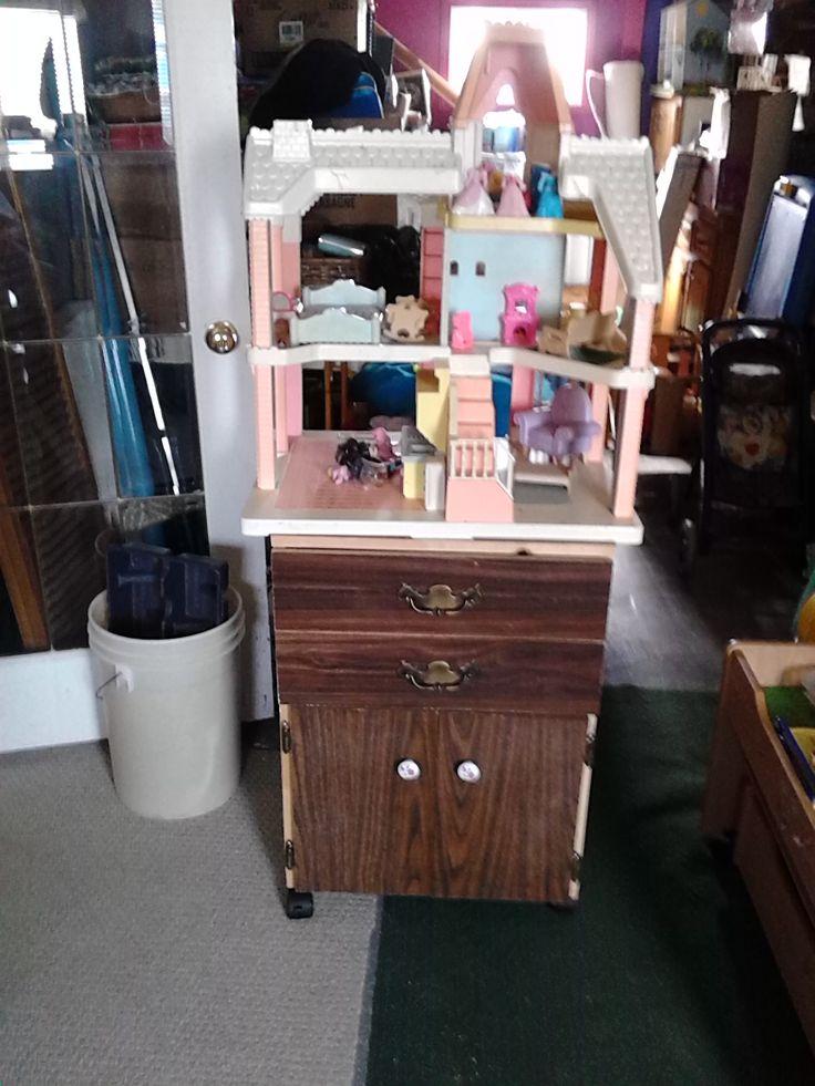 Doll house storage