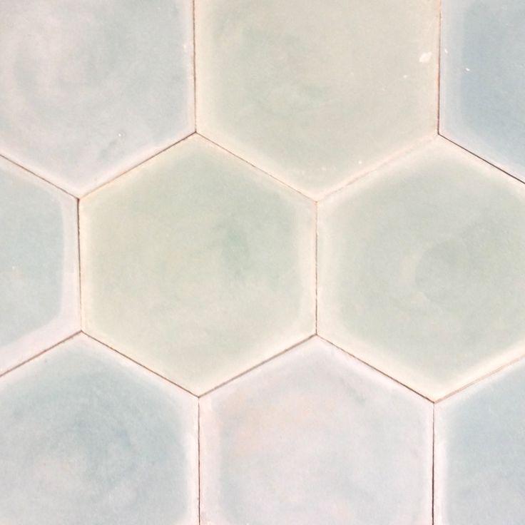 Hexagon, turkos 750 kr/kvm 0,46kvm=