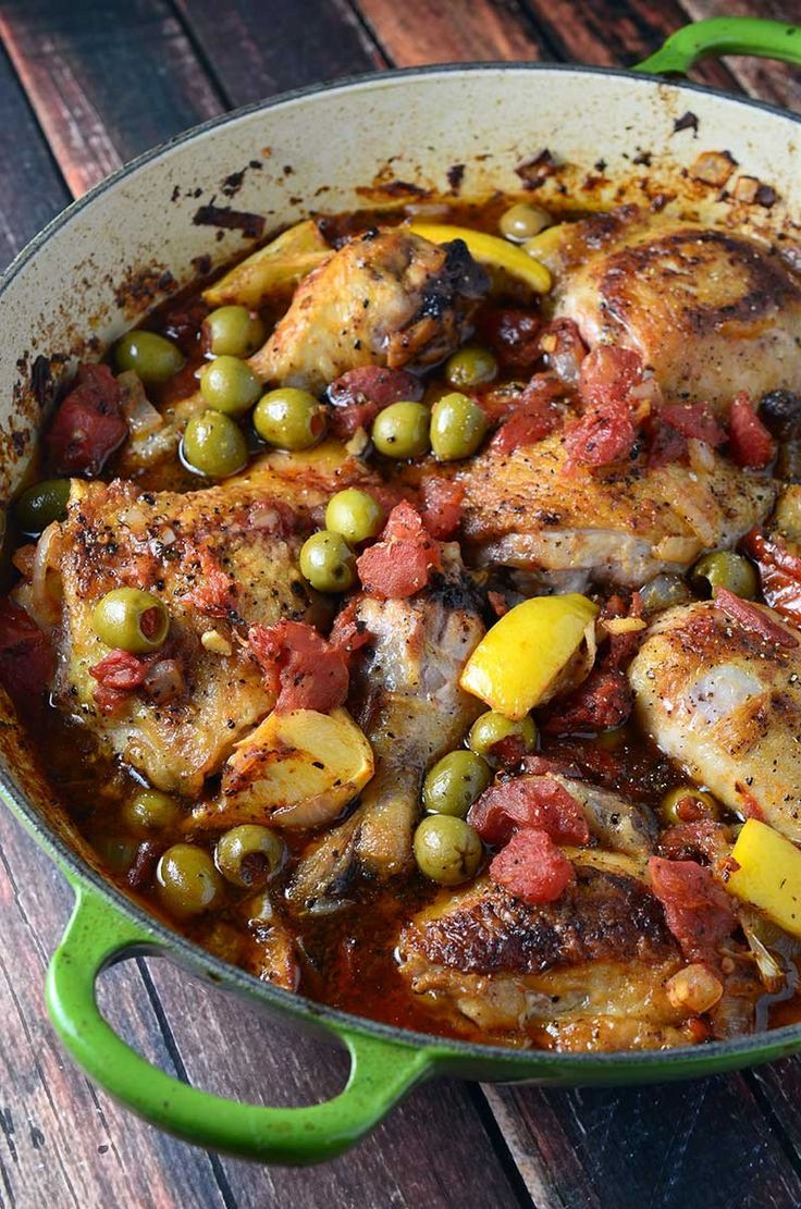 Chicken with Tomatoes & Olives from Life's Ambrosia was featured in the April 2015 Deliciously Healthy Low-Carb Recipes Round-Up on KalynsKitchen.com. #DeliciouslyHealthyLowCarb
