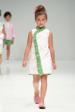 Moda para Niños y Niñas: Diseñador Rosa La Cave
