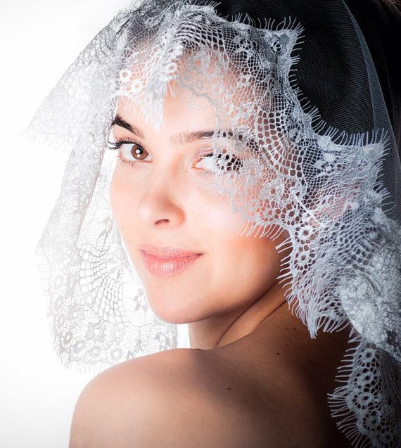 Mantilla Veil Lace wedding veil lace edged veil by Juniperandgrace