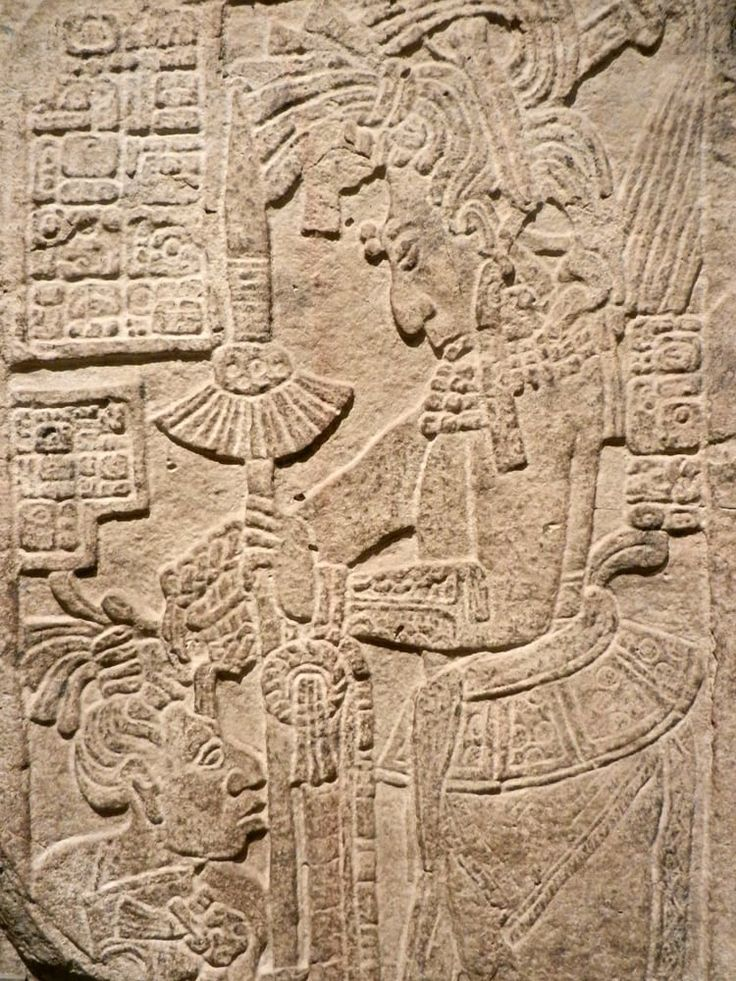 Para llegar a la zona arqueológica de yaxchilan ciudad maya perdida en la jungla de Chiapas hasta el siglo XIX, es necesario cruzar el turbulento río Usumacinta en lancha. Este río de ríos es el má…