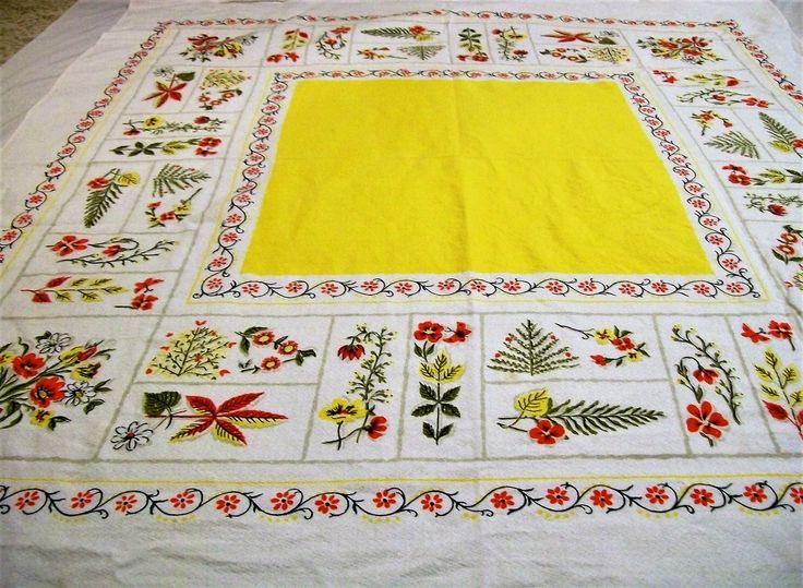 Vintage Tablecloth, Summertime Tablecloth, Tablecloth With Flowers, Large  Tablecloth, Vintage Linens,
