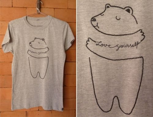 DIY Customizando t-shirt básica
