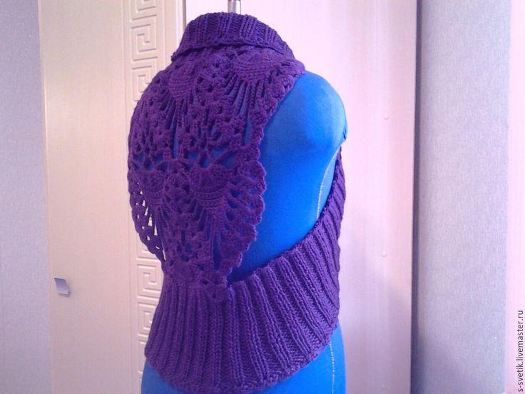Купить креативный вязаный жилет. - фиолетовый, однотонный, вязаный жилет, купить жилет, теплый жилет