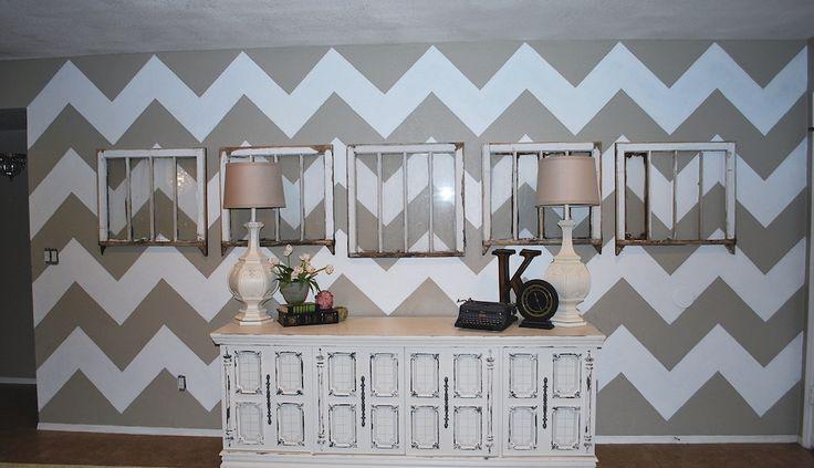 Accent wall- me gusta este color tambn. Quiero hacer esto para la pared donde esta el tv ahora.    How to paint a Chevron Wall Tutorial - Classy Clutter