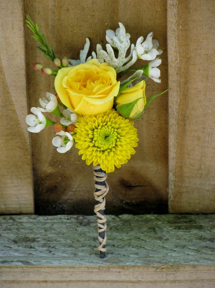 Yellow centerpiece.