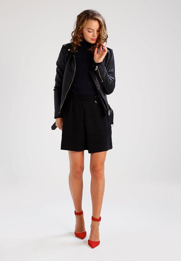 ¡Consigue este tipo de falda corta de Samsøe & Samsøe ahora! Haz clic para ver los detalles. Envíos gratis a toda España. Samsøe & Samsøe MELLA  Minifalda black: Samsøe & Samsøe MELLA  Minifalda black Ropa     Material exterior: 100% fibra de lyocell   Ropa ¡Haz tu pedido   y disfruta de gastos de enví-o gratuitos! (falda corta, minifaldas, minifalda, corta, cortas, mini, kurzer rock, falda corta, jupe courte, gonna corta, mini)