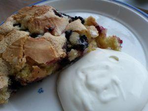 Nem og fedtfattig brombærtærte med marcipan