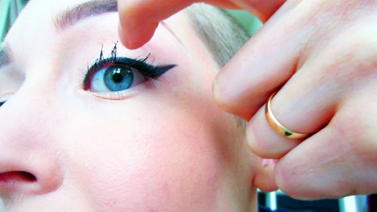 Why are your eyelashes falling out? Here are some of the most common reasons for eyelashes falling out and what you can do to stop it Read more...