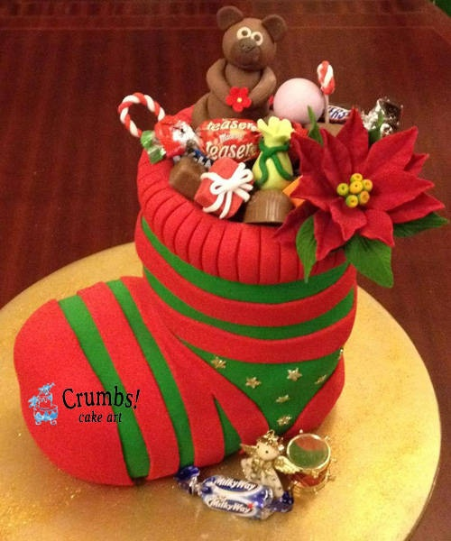 Crumbs Cake Art Facebook : 17 Best images about panetones decorados on Pinterest ...