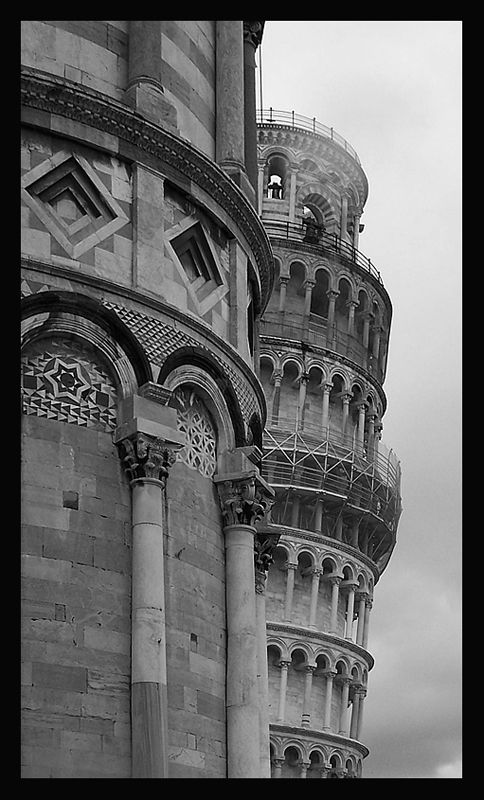 an overview of the famous leaning tower of pisa One of the world's most famous buildings, the leaning tower of pisa, has survived everything from four powerful earthquakes to two world wars now, engineers may have solved the mystery of how the.