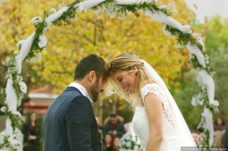 Se il vostro sarà un matrimonio civile, non perdetevi quest'articolo e prendete nota delle 7 idee che abbiamo preparato per voi per personalizzare le vostre nozze in maniera unica e originale!