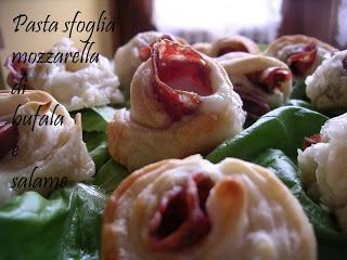 La cucina leggera, ma non troppo!: Bocconcini di pasta sfoglia mozzarella di bufala e salame