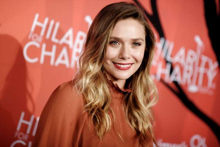 """FEBRUARY 16,  1989 Younger sibling of Mary-Kate and Ashley Olsen, known for her roles in """"Silent Hill"""", """"Godzilla"""", """"Avengers: Age of Ultron"""", and, """"Martha Marcy May Marlene"""", Elizabeth Olsen (born Elizabeth Chase """"Lizzi"""" Olsen) is born in Sherman Oaks, California."""