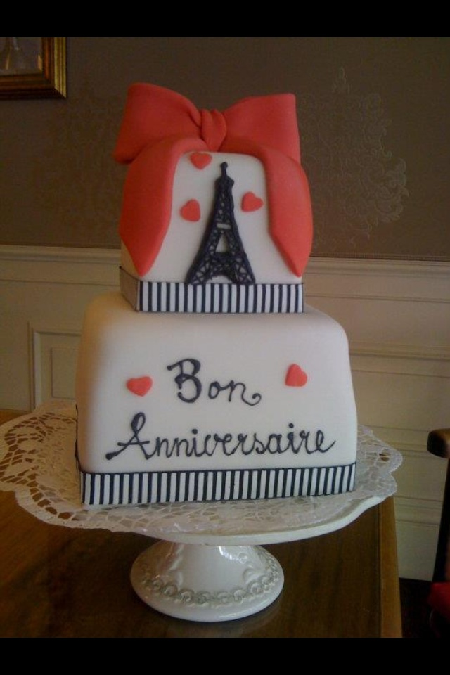 the perfect combination.  paris and cake <3.: Cake