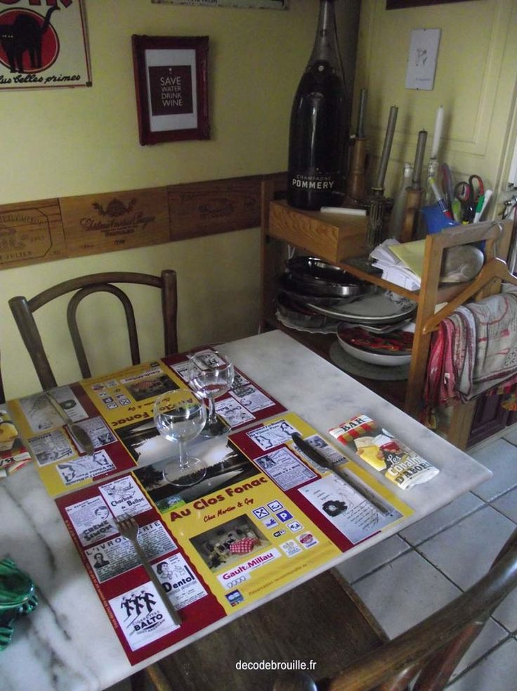 Les 25 meilleures id es de la cat gorie table bistrot for Agencement cuisine style bistrot