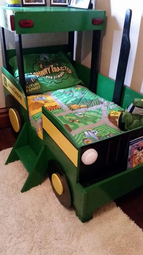 John Deere Boys Bedroom : Toddler tractor bed my pintress creations pinterest
