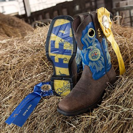 Lady Rebel FFA Boot: Boots for Women Supporting the FFA – Style #RD033 - Durango Boot Company  SO SO SO SO WANT!