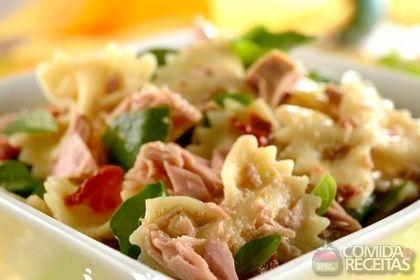 Receita de Salada de macarrão com atum especial em receitas de saladas, veja essa e outras receitas aqui!