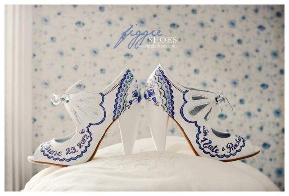 Figgie Shoes Kézzel festett cipő / Hand painted shoes By Figgie Shoes Forrás:www.figgieshoes.com