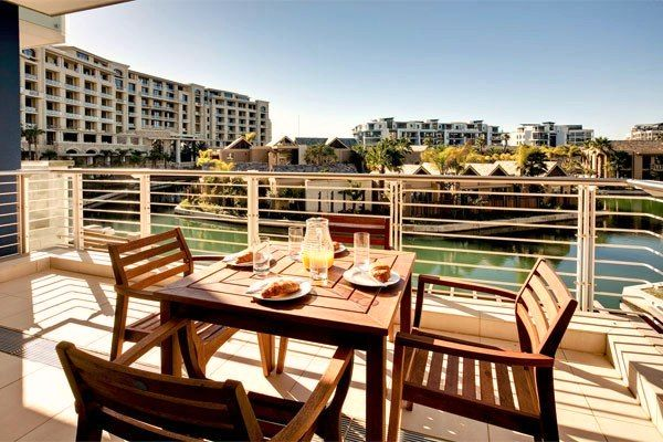 Enjoy the View on Lawhill Luxury Apartments in V Waterfront Cape Town. The luxury style apartments are the perfect accommodation for everybody