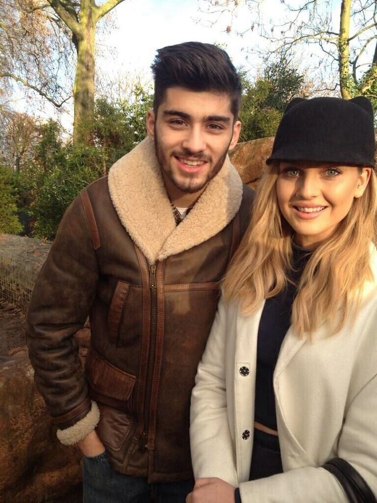 Zayn and Perrie at the zoo today. Literally going to the zoo with Zayn would be perfect