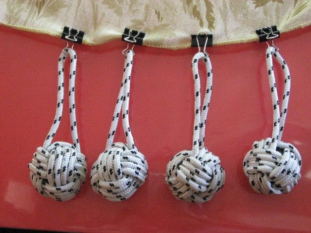 Tablecloth Weights Clips   Tablecloth Weights -monkey's fist with a clip