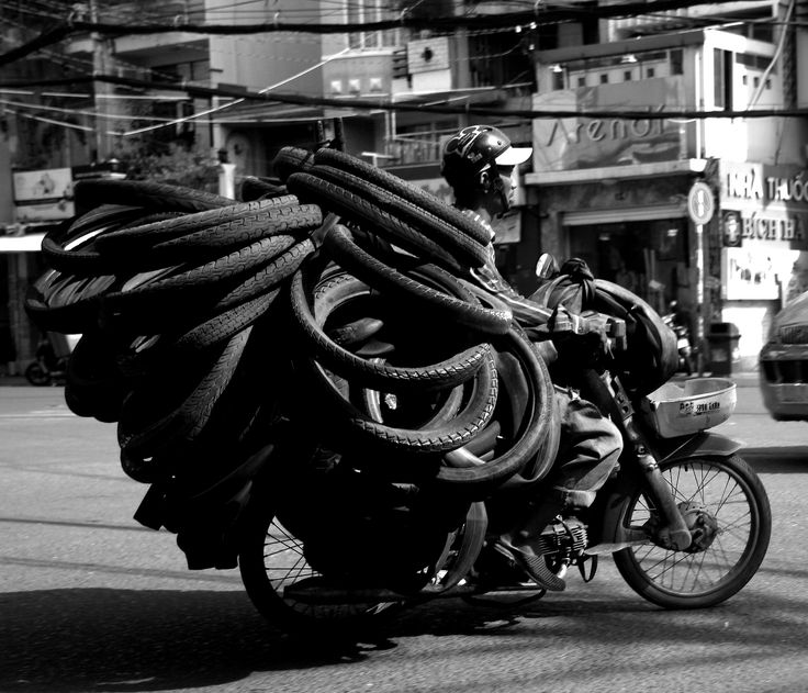 https://flic.kr/p/VWGXCv | streets of saigon