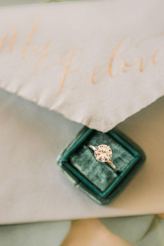 solitare engagement ring | Manda Weaver Photography | Glamour & Grace