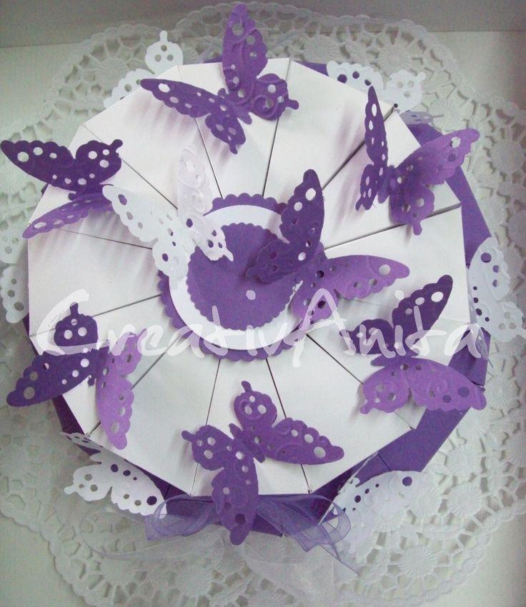 Hochzeitstorte 2-stöckig - LILA-WEISS mit Schmetterlingen