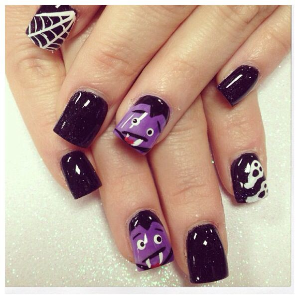 Frankenstein nails #halloweennails #nailart #acrylicnails ...