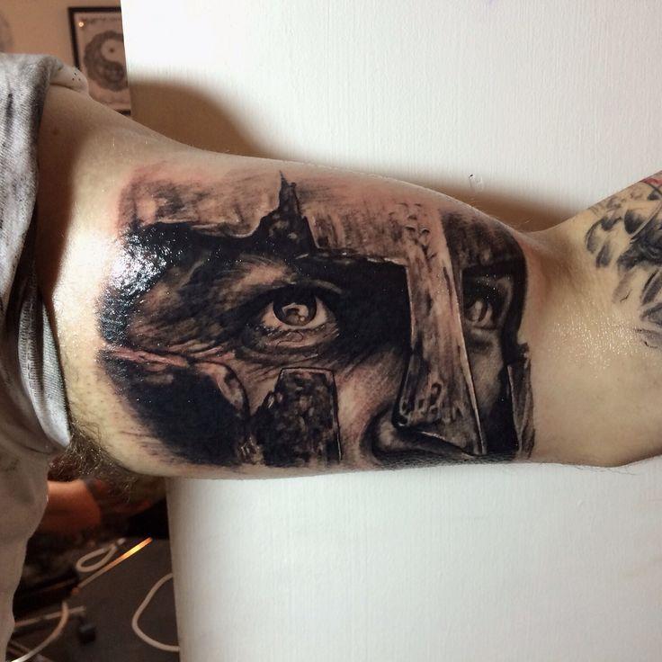 300 spartan tattoo tattos iradas pinterest spartan tattoo tattoo and tattos. Black Bedroom Furniture Sets. Home Design Ideas