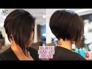 cabelo cortado com navalha para diminuir o volume