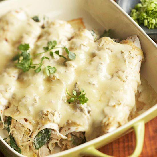 Healthy enchiladas? Yes, it's true! Light sour cream and steamed spinach help these Creamy Chicken Enchiladas come in under 300 calories per serving. More Mexican casseroles: http://www.bhg.com/recipes/ethnic-food/mexican/mexican-casseroles/ #myplate