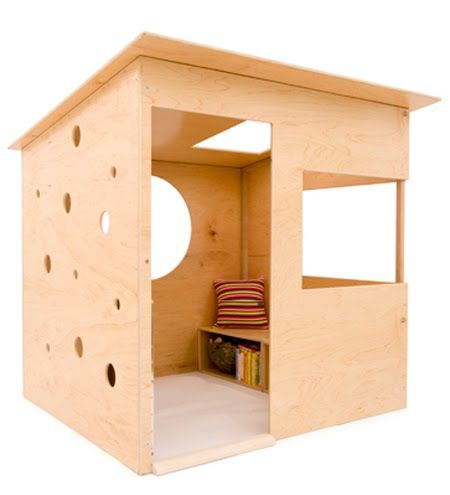 Cheap easy playhouse plans woodworking projects plans for Simple outdoor playhouse plans