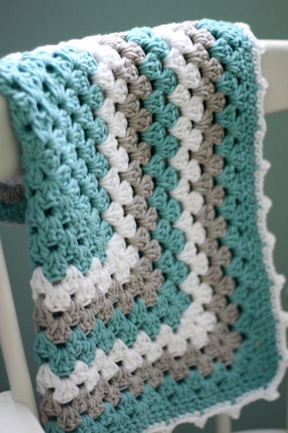 Moderne Baby deken oma Square Baby deken door DaisyCottageDesigns